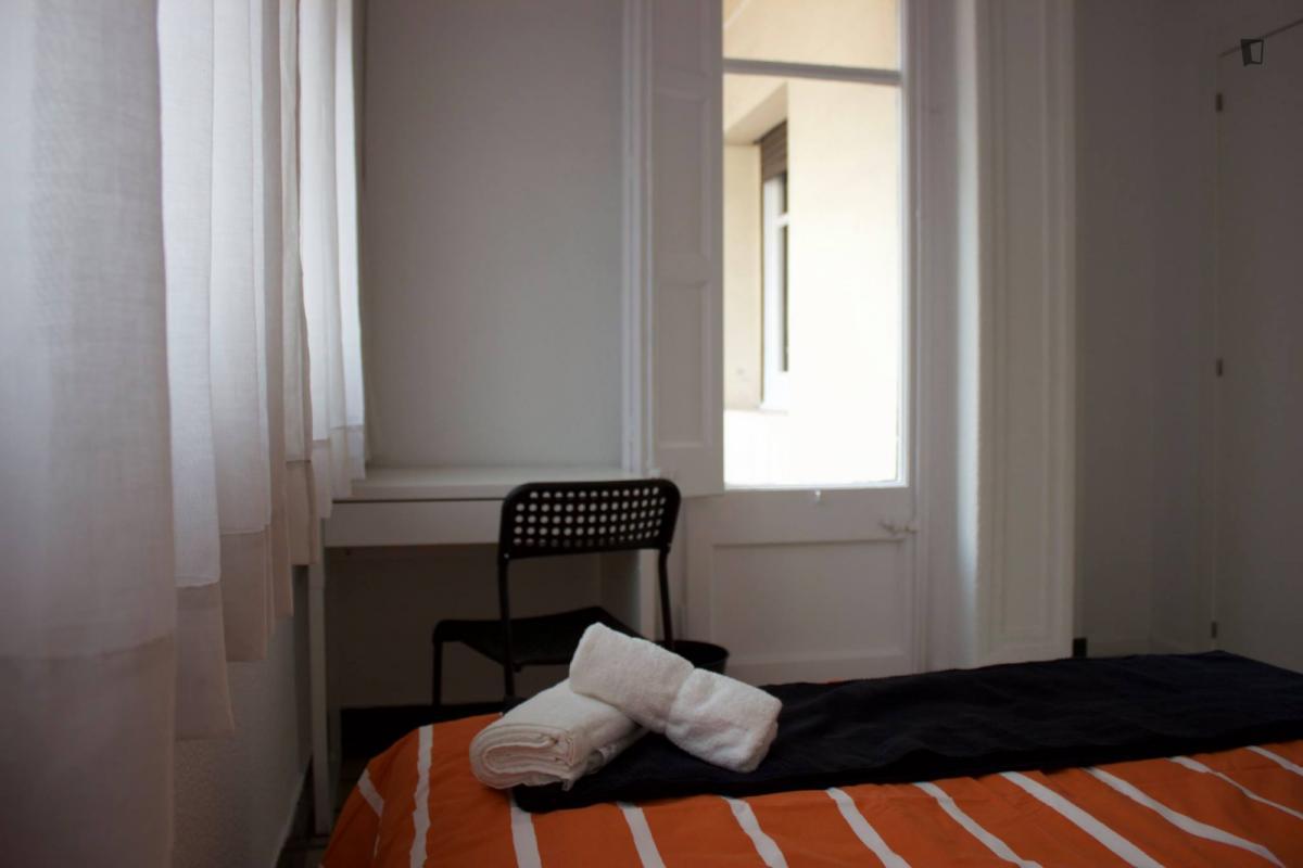 Room nr8 valencia