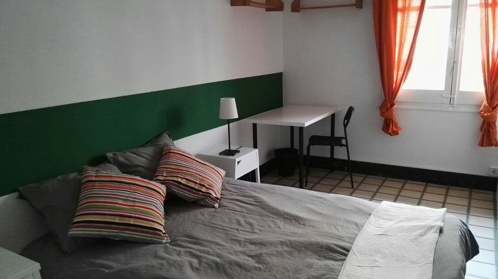Room nr2 valencia