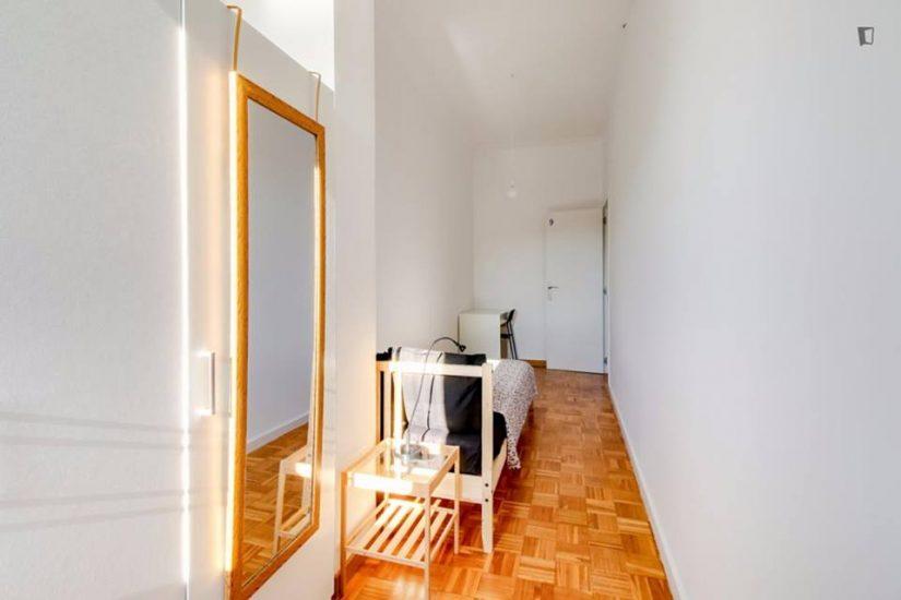 Muntaner student room for rent nr9-3