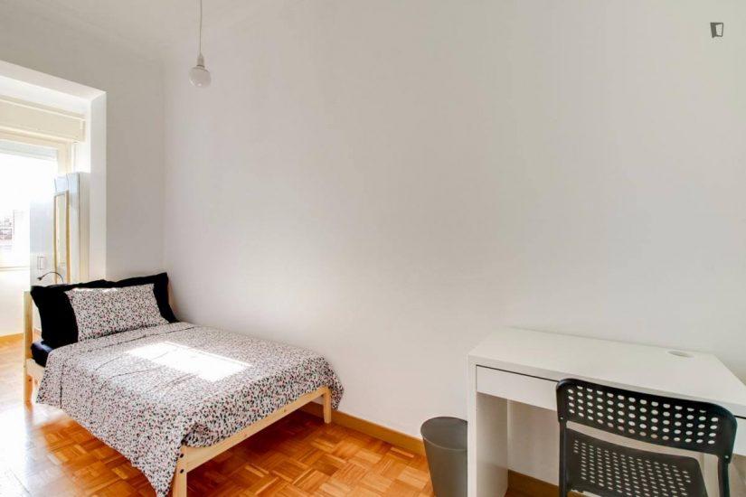 Muntaner student room for rent nr9-1