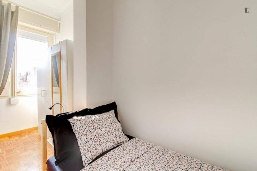Muntaner student room for rent nr9-2