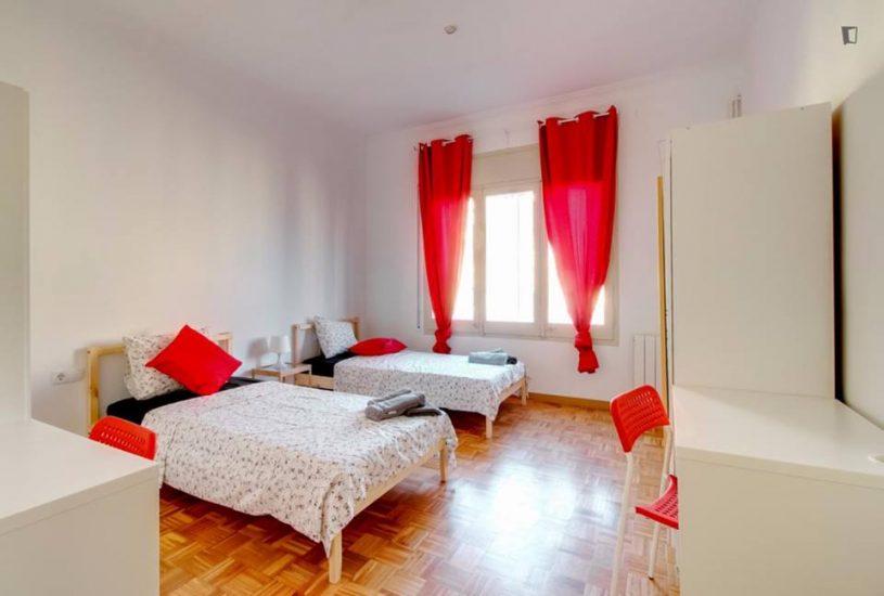 Muntaner student room for rent nr2 - 2