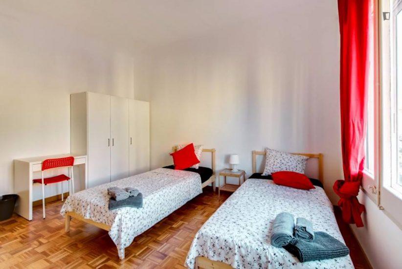 Muntaner student room for rent nr2-1