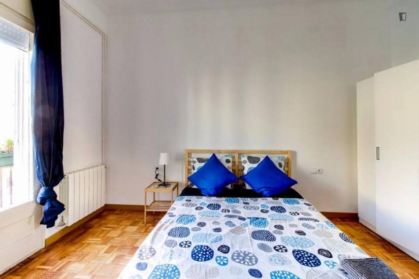Muntaner student room for rent nr3 -1