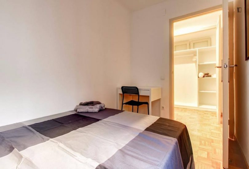 Muntaner student room for rent nr5-2