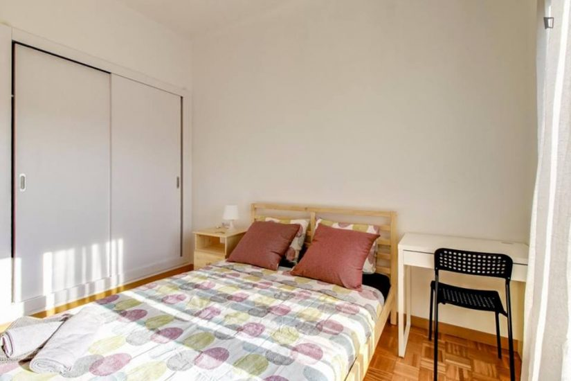 Muntaner student room for rent nr7-3