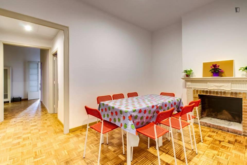Muntaner apartment